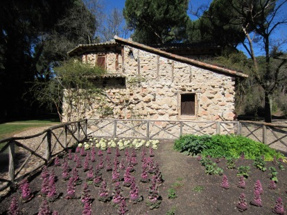 La Casa de la Vieja y su huerta