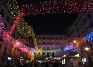 La multicolor plaza de Chueca
