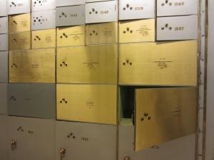 Cajas abiertas y cajas cerradas