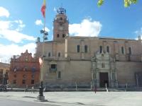La Colegia de San Antolín y su torre campanario: el poder espiritual