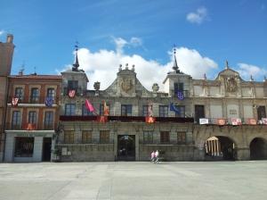 Las Casas Consistoriales y la Casa de los Arcos: el poder temporal