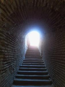 Unas angostas escaleras