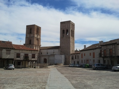 La desierta Plaza de Santa María