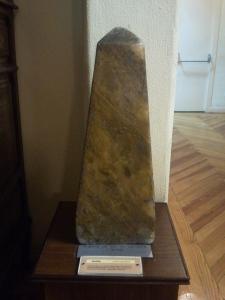 ¿Obeliscos decorativos o...