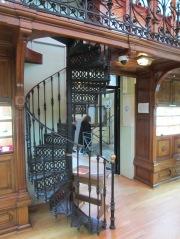 La escalera de caracol