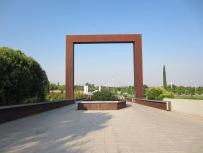 La monumental puerta