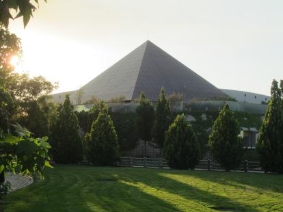 Un energético espejismo: la Pirámide solar