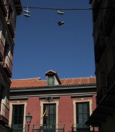 Shoefiti ante la