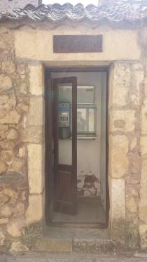 La reliquia del pasado: ¡Una cabina telefónica!