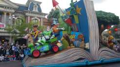 "... de ""Disney Magic on Parade"":"